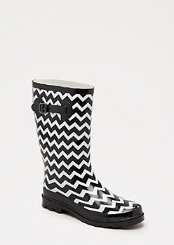 Chevron Mid Calf Rain Boot