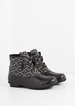 Black Dotted Diamond Lace-Up Duck Boot