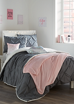 Full/Queen Gray Pintucked Sherpa 3-Piece Comforter Set