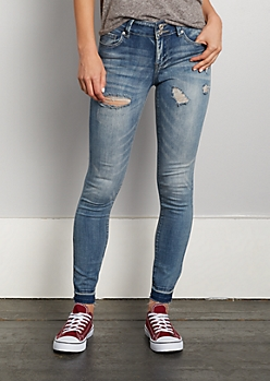 Distressed Released Hem Jegging in Regular