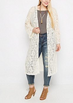 Plus Ivory Floral Lace Duster