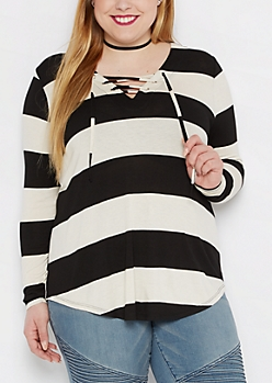 Plus Black & White Lace-Up Shirrtail Top