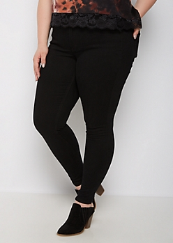 Plus Black Mid Rise Jegging in Curvy