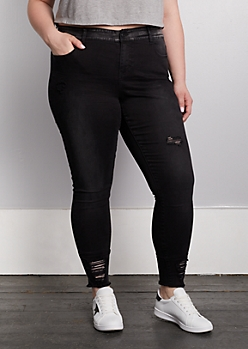 Plus Black Frayed Jegging in Curvy