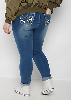 Plus Wing Deco Skinny Jean