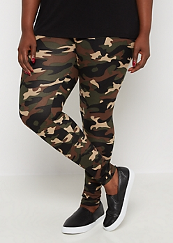 Plus Camo Print Cozy Legging