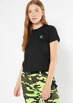 Black Weed Leaf Embroidered Tee