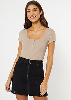 Taupe Ribbed Knit Snap Neck Henley Tee