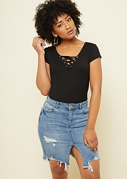 Black Ribbed Knit Lace Up Tee
