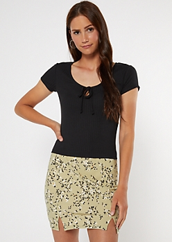 Black Super Soft Ribbed Keyhole Cutout Tee