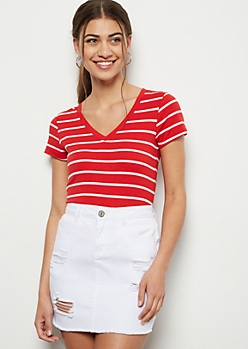 Red to White Striped V Neck Favorite Tee