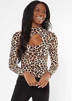 Leopard Print Keyhole Cutout Mock Neck Top