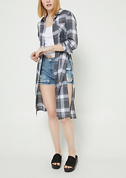 Black Plaid Print Button Down Duster