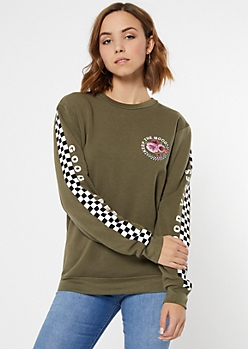 Olive Keep The Mood Graphic Pullover
