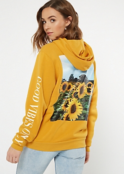 Yellow Good Vibes Sunflower Graphic Hoodie