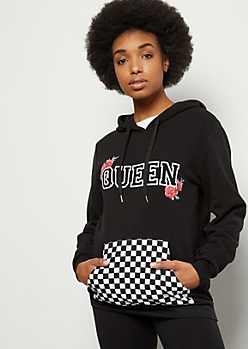 Black Rose Queen Checkered Print Pocket Graphic Hoodie