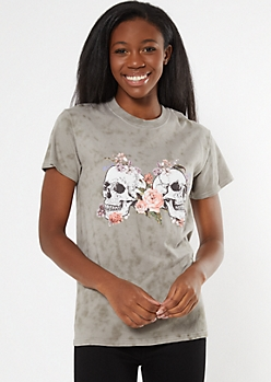 Gray Tie Dye Skull Rose Graphic Tee