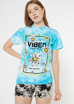 Blue Tie Dye Daisy Vibes Graphic Tee