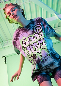 Black Tie Dye Good Vibes Oversized Graphic Tee
