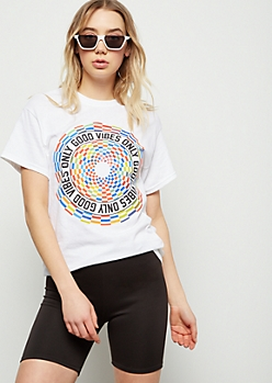 17aa5bf2 White Good Vibes Only Circle Graphic Tee