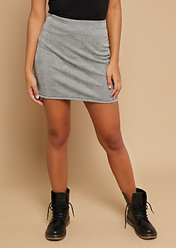 Gray Houndstooth Plaid Knit Mini Skirt