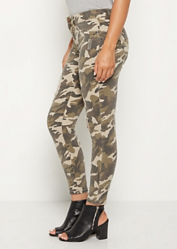 Camo Distressed Better Butt High Rise Jegging