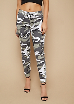 Faded Camo Print Twill Drawstring Waist Cargo Pants