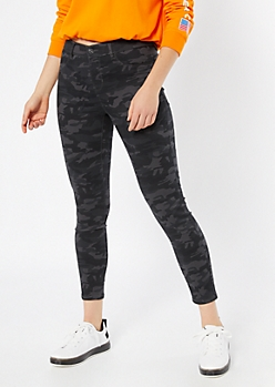 Black Camo Print Pull On Jeggings