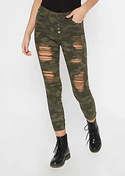 Camo Print Distressed Button Down Jeggings