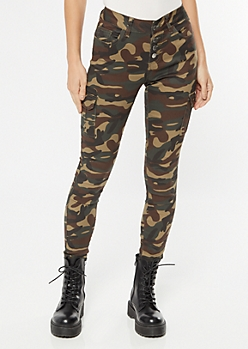 Camo Print Exposed Button Skinny Jeans