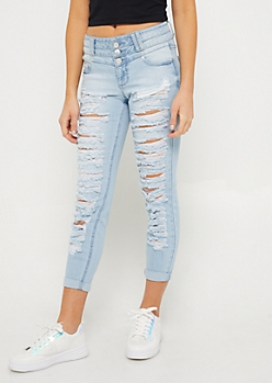Light Wash Destroyed Triple Button Skinny Jeans in Regular