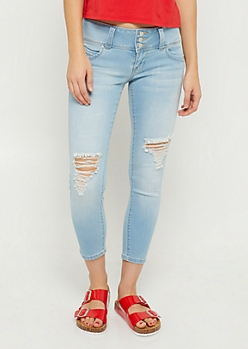 YMI Wanna Betta Butt Light Wash Low Rise Cropped Jeans