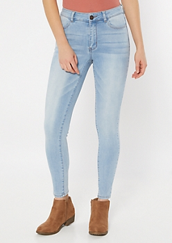 Light Wash High Waisted Jeggings in Regular