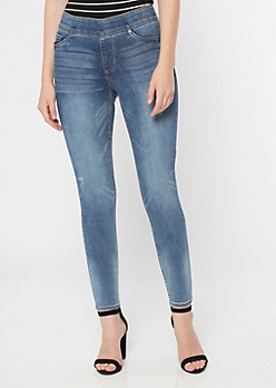 Medium Wash Mid Rise Pull On Booty Jeggings