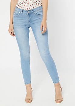 YMI Wanna Betta Butt Light Wash Mid Rise Skinny Jeans
