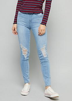 YMI Wanna Betta Butt Light Wash Ripped Knee Jeans