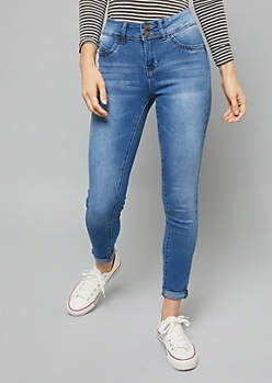 YMI Wanna Betta Butt Medium Wash Rolled Hem Jeans