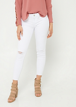 Better Butt White Fraying Step Hem Jeans in Regular
