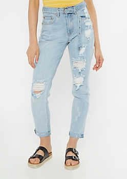 Light Wash Throwback Ripped Western Belt Mom Jeans