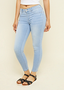 Light Wash Low Rise Pull On Ankle Jeggings