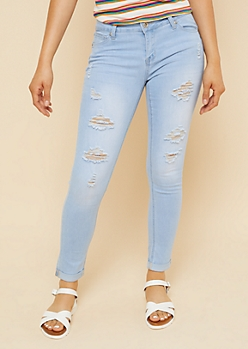 Light Wash Ripped Cuffed Hem Cropped Booty Jeans