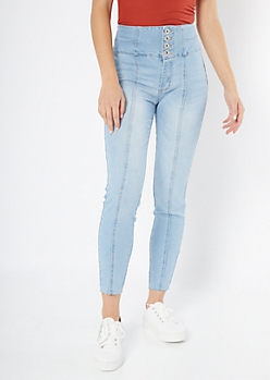 Light Wash Exposed Button Raw Cut Skinny Booty Jeans