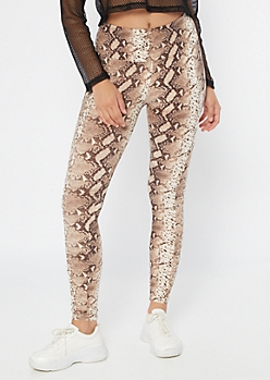 Snakeskin Print High Waisted Cell Phone Pocket Leggings