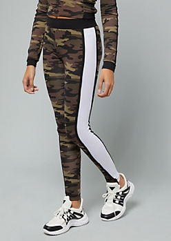 Camo Print Side Striped Mid Rise Leggings