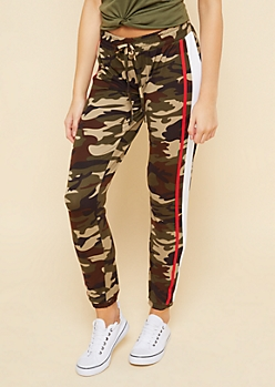 Camo Varsity Striped Pattern Soft Knit Joggers