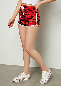 Red Camo Print Super Soft Dolphin Shorts