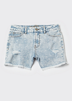 Ultimate Stretch Acid Wash High Rise Frayed Curvy Shorts
