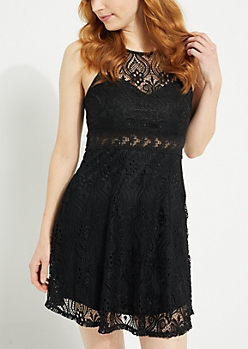Black Lace Sweetheart Neck Dress