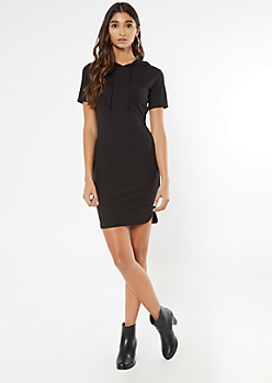 Black Scoop Hem Hooded Dress