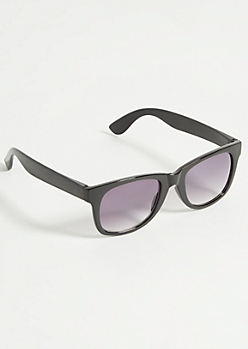 Black Glossy Smokey Lens Sunglasses